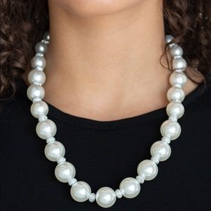 Uptown Heiress pearl necklace